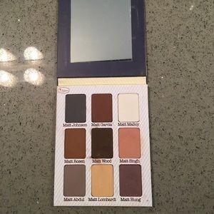 Meet Matt(e) Nude Eyeshadow Palette (neutrals)